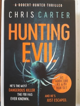 Hunting Evil by Chris Carter